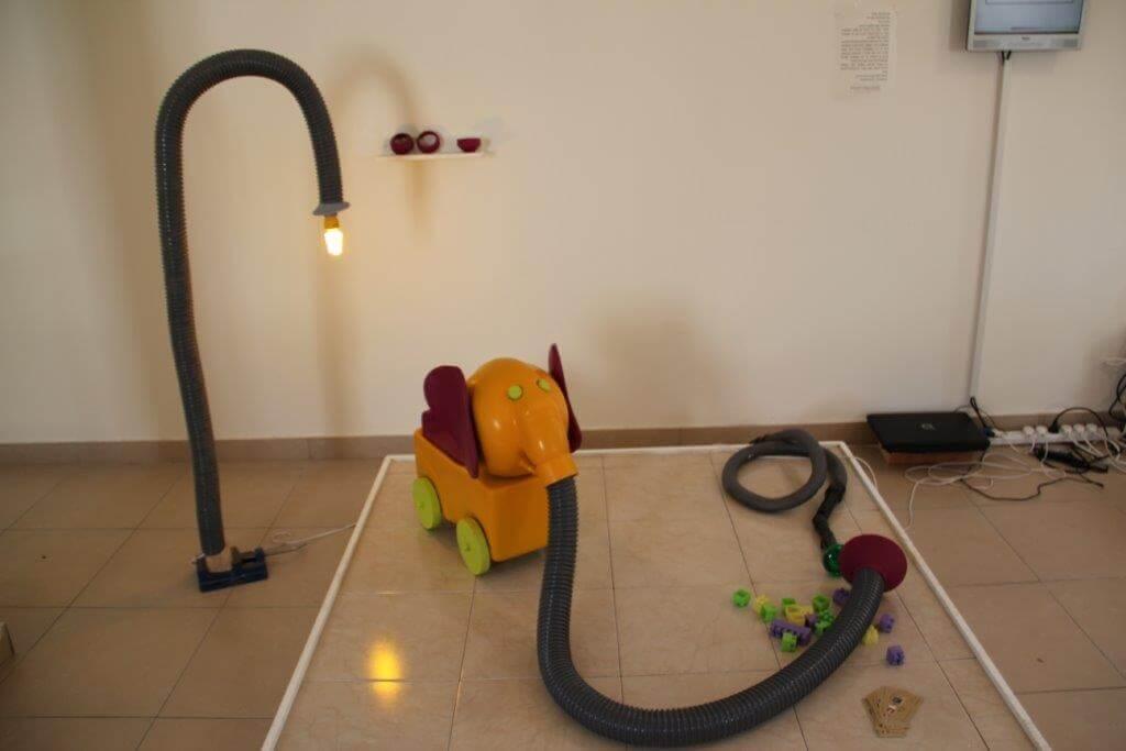 פילון שואב הצעצועים – רחלי סבו